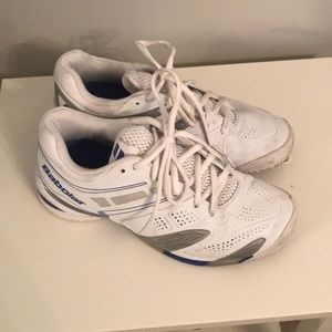 Barely worn Babolat shoes size 9 for sale